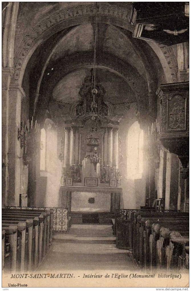L'intérieur de l'église lorsqu'elle était fréquentée